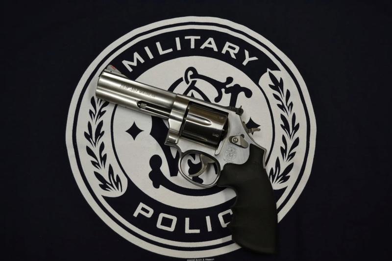 Smith et Wesson 357 Dsc_0011