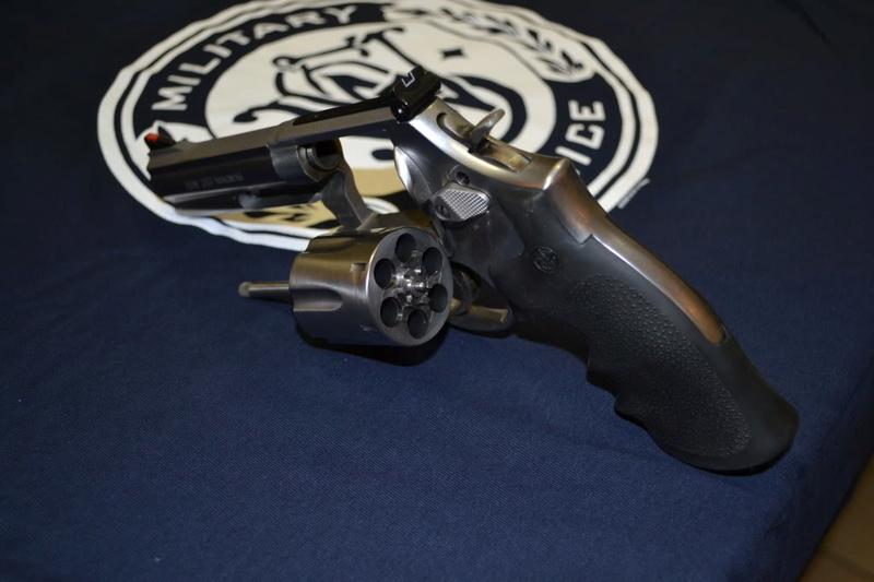 Smith et Wesson 357 Dsc_0012