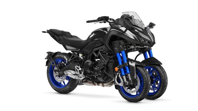 Encore une nouveauté chez Yamaha? Le NIKEN 2018_y10