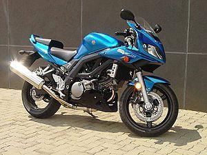 [FICHE] QUELLE MOTO POUR PISTER ???  Suzuki11