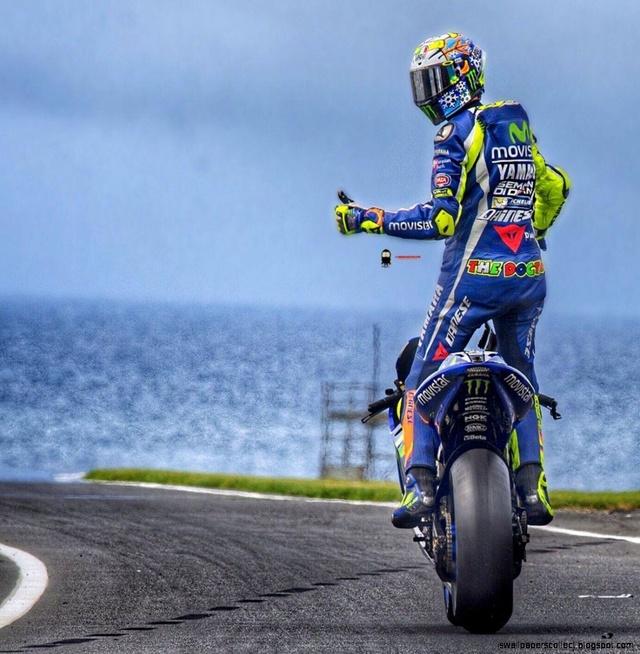 Rossi prolonge chez Yamaha jusqu'en 2020 ! Wp191910