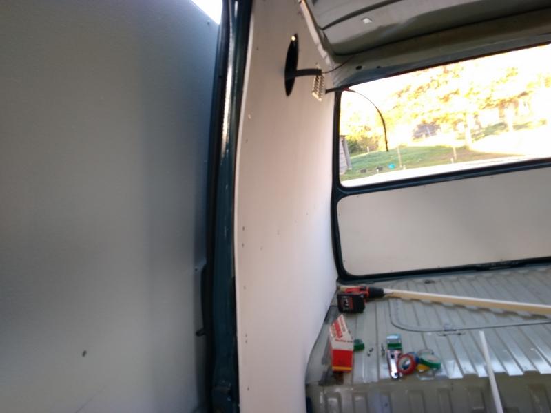 Le 'tit bus de Lilou, Didine et cap'taine 411