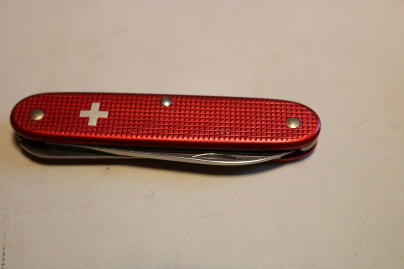 Mes 91mm rouge et ALOX 93 mm ( Victorinox ) -- ( Philippe ) 24131610