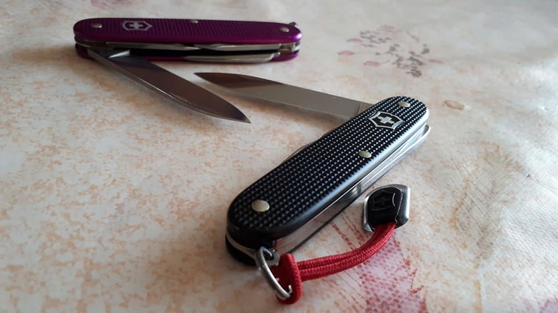 Mes 91mm rouge et ALOX 93 mm ( Victorinox ) -- ( Philippe ) 27540411