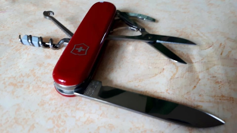 Mes 91mm rouge et ALOX 93 mm ( Victorinox ) -- ( Philippe ) 29793510