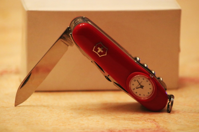 Mes 91mm rouge et ALOX 93 mm ( Victorinox ) -- ( Philippe ) Img_8712