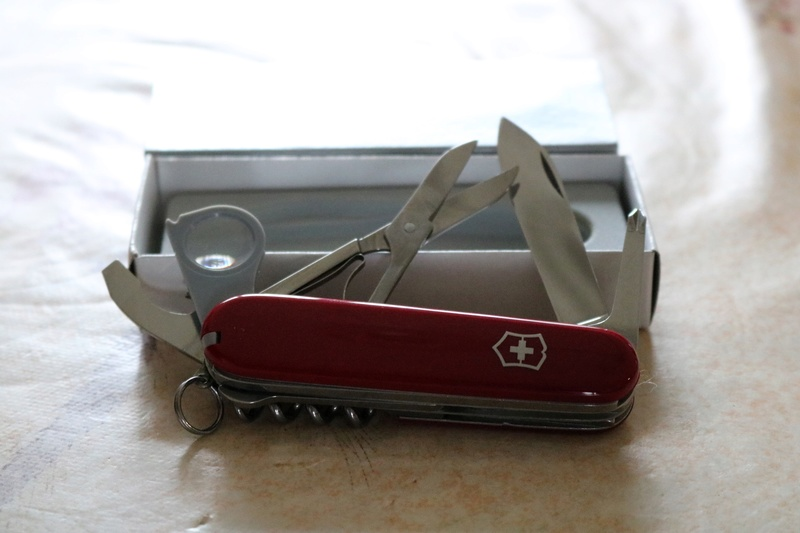 Mes 91mm rouge et ALOX 93 mm ( Victorinox ) -- ( Philippe ) Img_8814