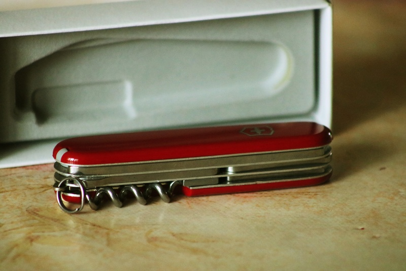Mes 91mm rouge et ALOX 93 mm ( Victorinox ) -- ( Philippe ) Img_8817