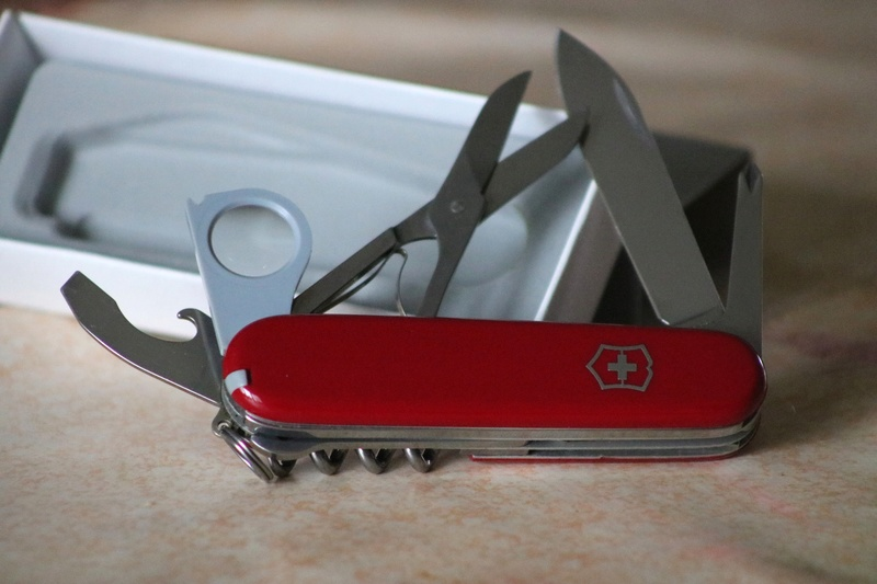 Mes 91mm rouge et ALOX 93 mm ( Victorinox ) -- ( Philippe ) Img_8819