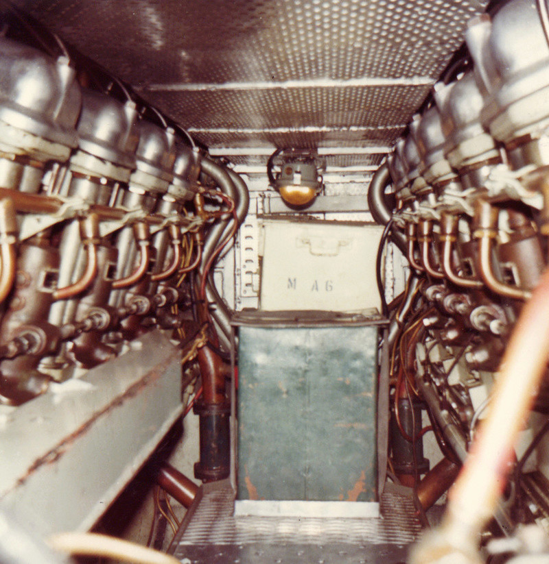 Sous-marin classe Daphné (scratch demi-coque 1/50°) par demicoque 10311
