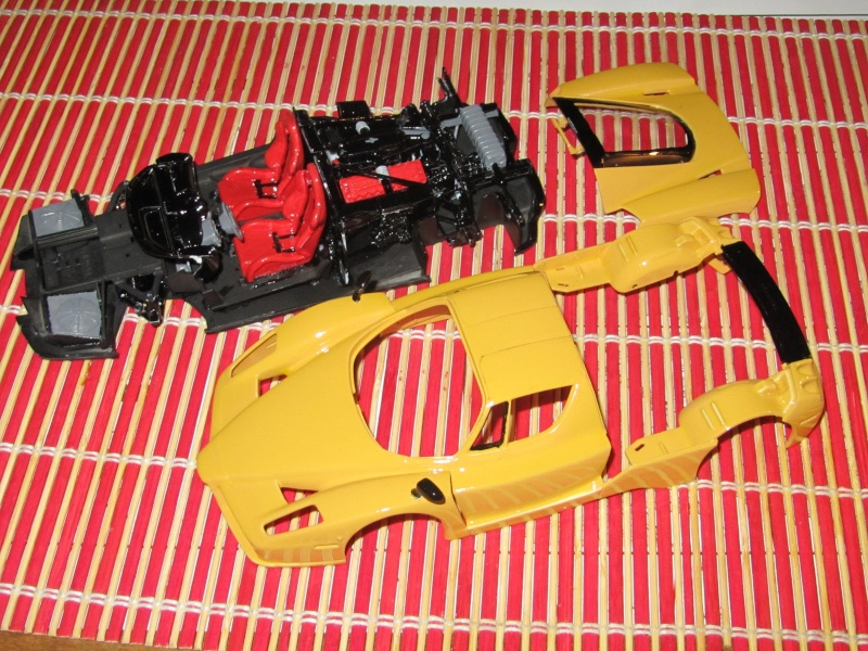 Ferrari enzo - Page 2 Img_0018
