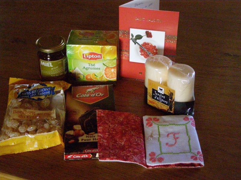 Photos de nos colis de la St valentin - Page 2 P2140411