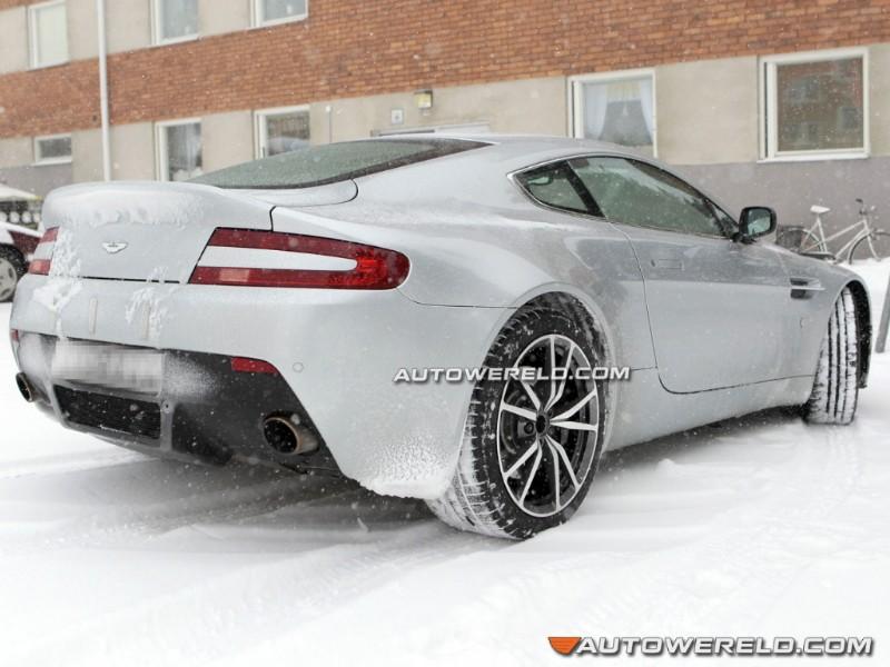 2011 - [Aston Martin] Vantage restylée 03241213