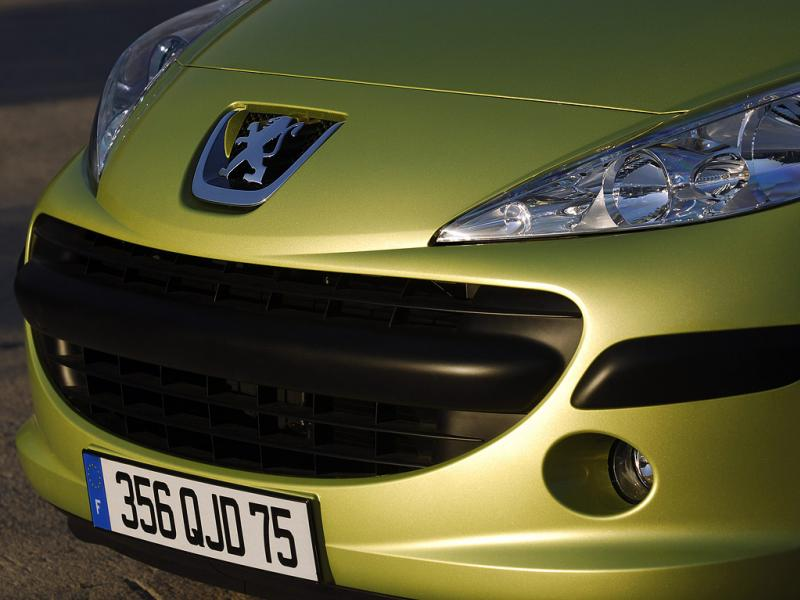 2009 - [Peugeot] 207 Restylée - Page 2 207cal10