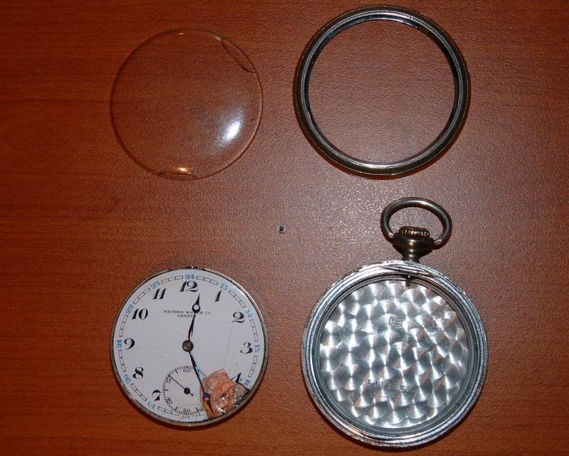 Accés au calibre d'une montre de poche????? Dscf0010