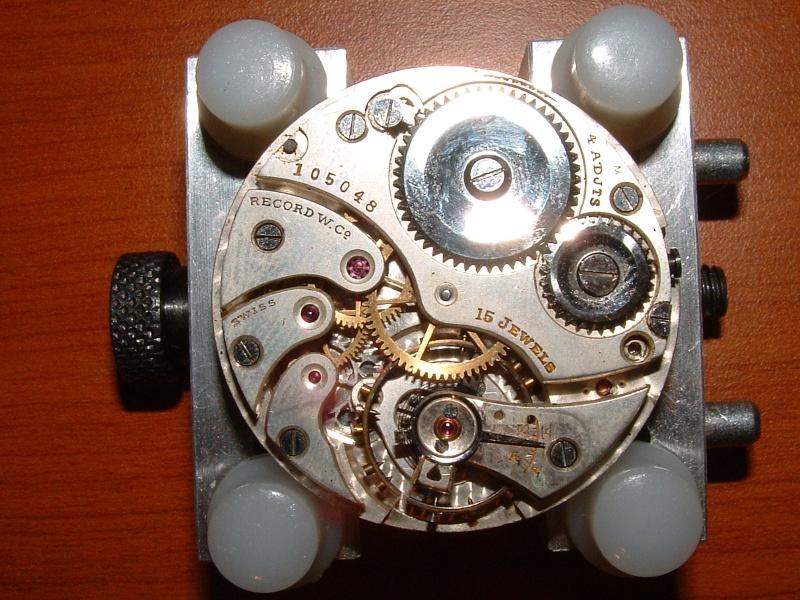 Accés au calibre d'une montre de poche????? Dscf0013