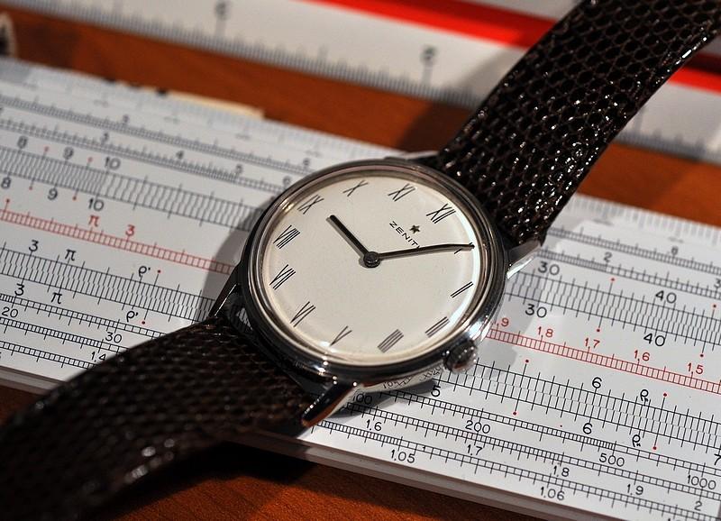 Existe-t'il une montre avec règle à calcul fine et simple? Zenith10