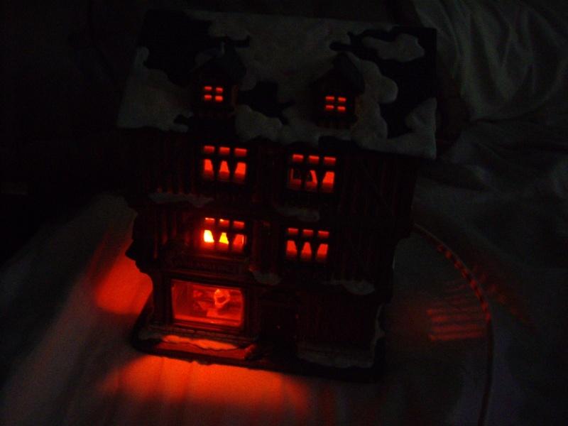 Une maison en flamme... Imgp7315