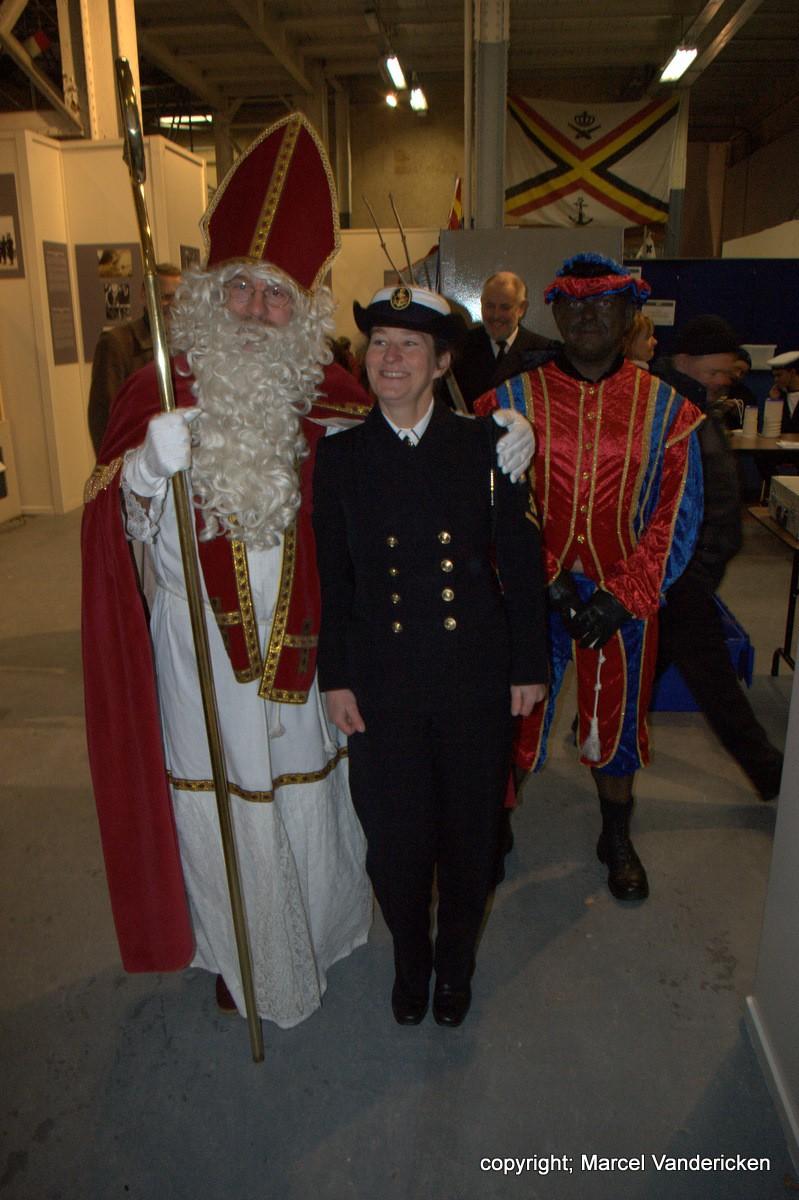 Nocturne 2010 au Musée Royal de l'Armée - Page 5 Sg1l1325