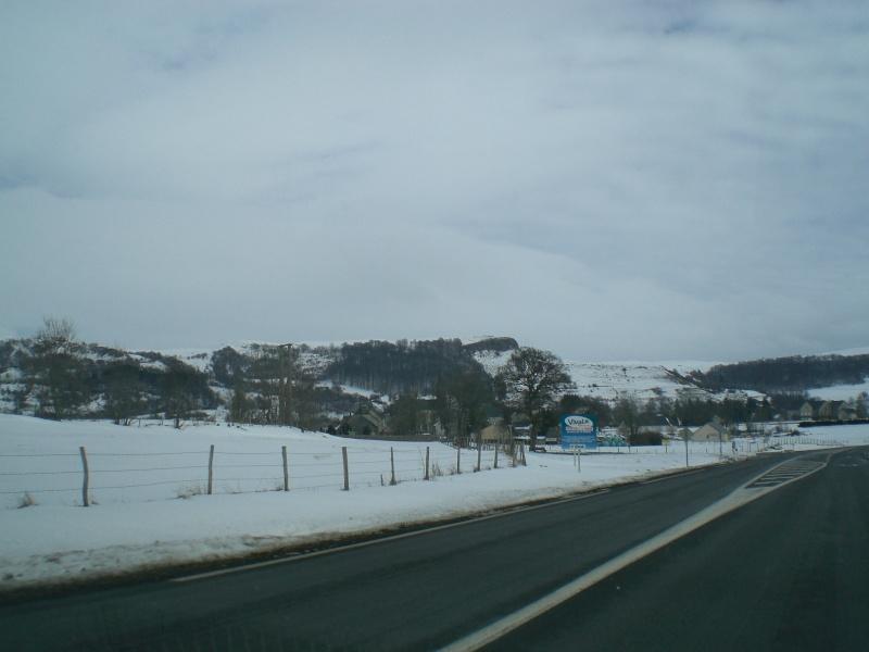 Février sous la neige à Allanche Cimg6220