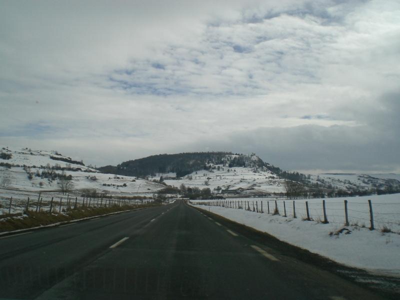 Février sous la neige à Allanche Cimg6221