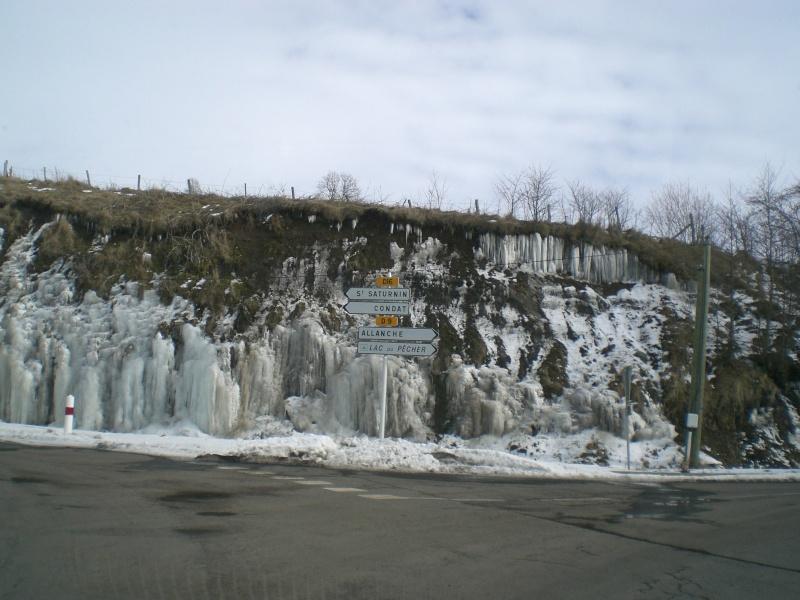 Février sous la neige à Allanche Cimg6222