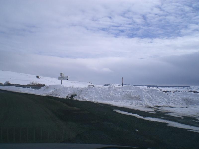 Février sous la neige à Allanche Cimg6223