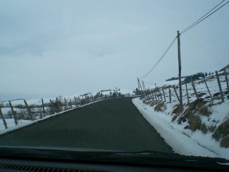 Février sous la neige à Allanche Cimg6227