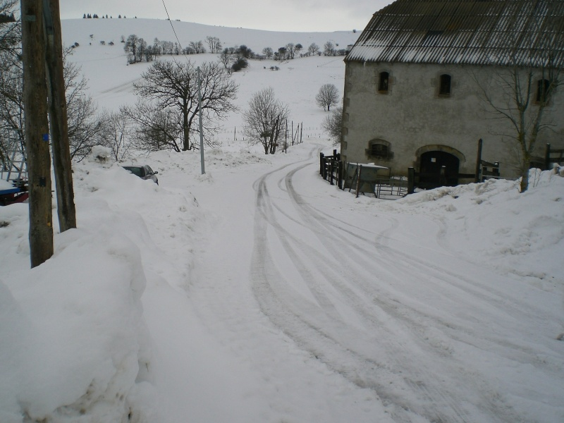 Février sous la neige à Allanche Cimg6233
