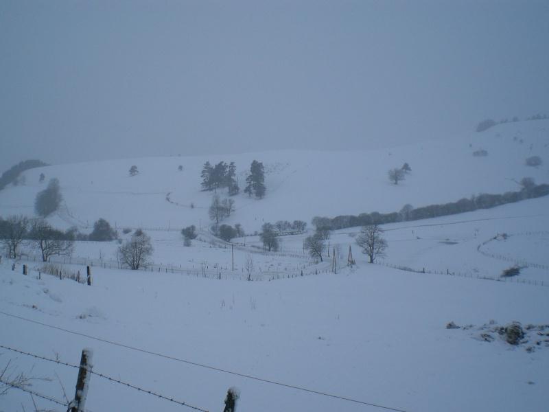 Février sous la neige à Allanche Cimg6340