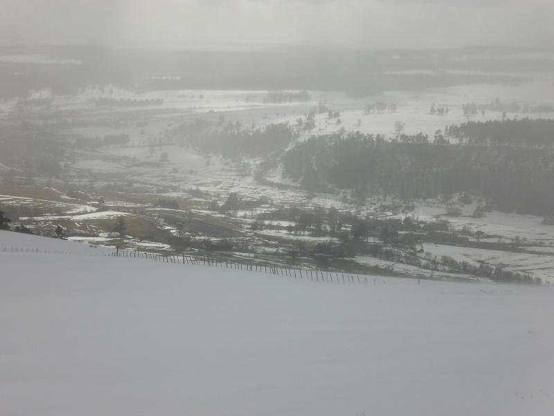 Février sous la neige à Allanche - Page 2 Cimg6419