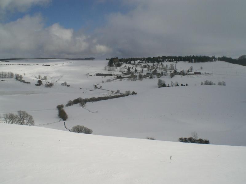 Février sous la neige à Allanche - Page 2 Cimg6424