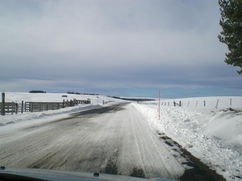 Février sous la neige à Allanche - Page 2 Cimg6437