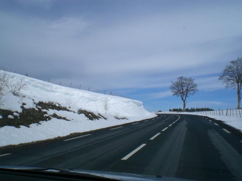 Février sous la neige à Allanche - Page 2 Cimg6441