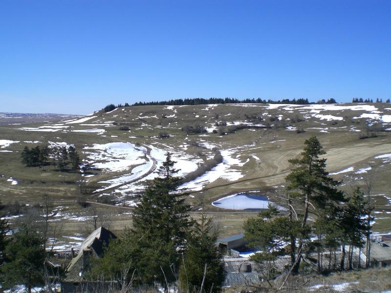 Le cézallier en Mars 2010 Cimg6522