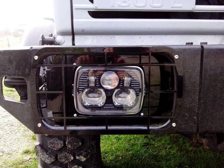 LED  pour feux de croisement et feux de route - U435 - U437 - Page 2 Led_0110