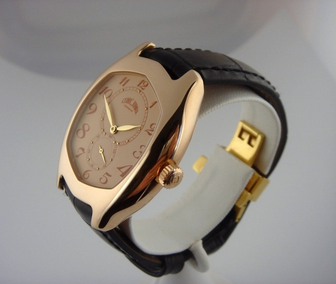 auriez vous aimé porter cette montre ? 12584011
