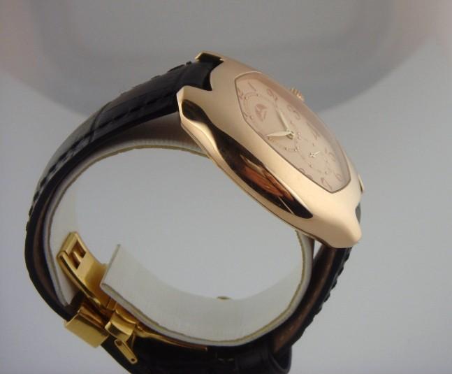 auriez vous aimé porter cette montre ? 12584012