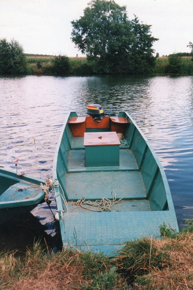 Webmaster = ma 2ème embarcation ( barque fabrication maison ) 2110