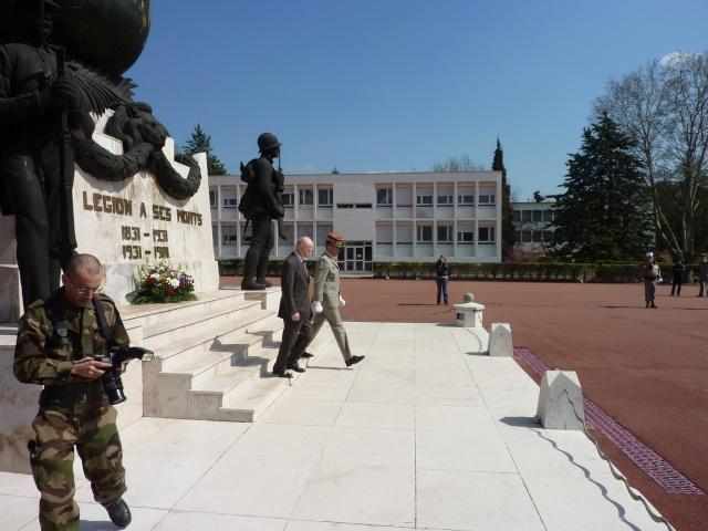 La Légion aura son grand Musée  en 2013 (Pose de la Premiere pierre) A_g_sa17