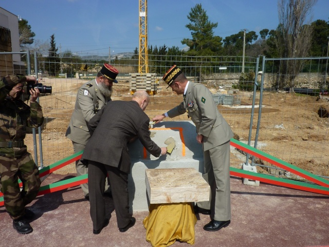 La Légion aura son grand Musée  en 2013 (Pose de la Premiere pierre) A_g_sa18