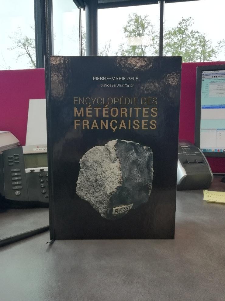 Encyclopédie des météorites françaises - Page 2 Thumbn11
