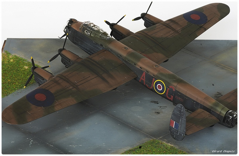 [Revell] Lancaster Dambuster 1/72 Dambus15