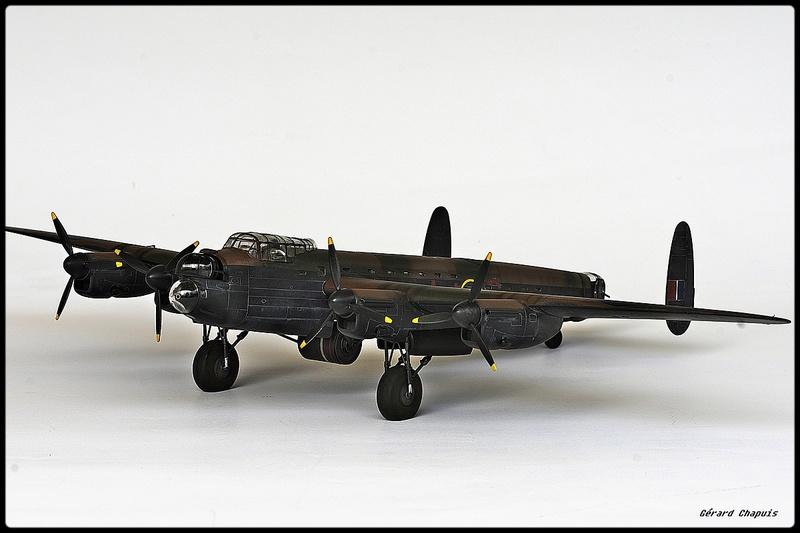 [Revell] Lancaster Dambuster 1/72 Dambus17