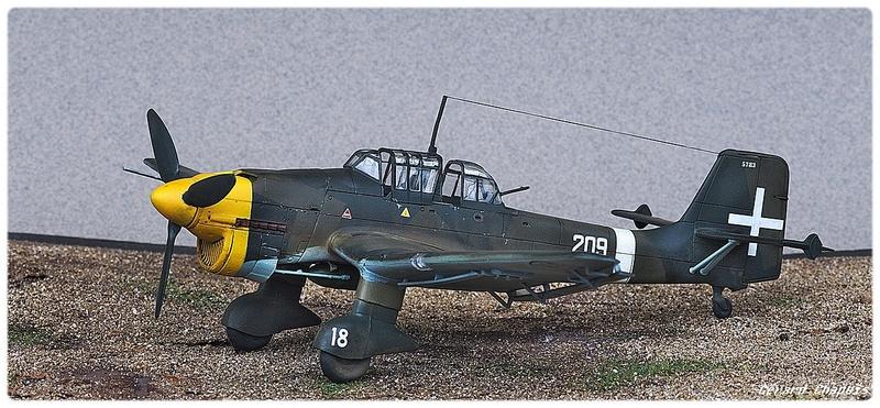 [Airfix] Junker 87 B Stukas Libye 1941 1/72 Imgp8881