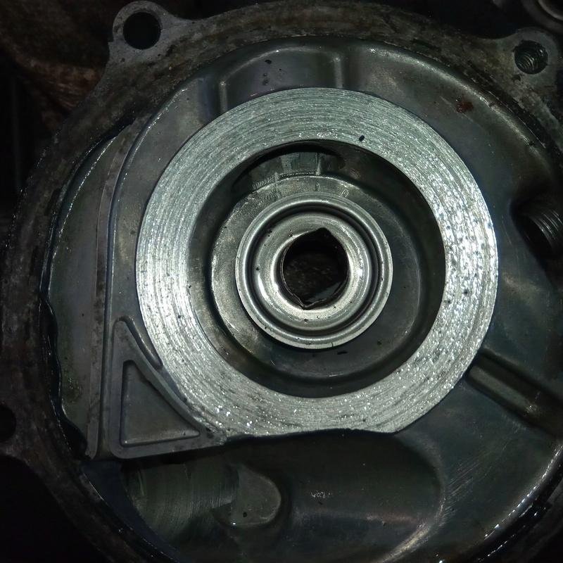Gros problème moteur (je pense) Img_2013