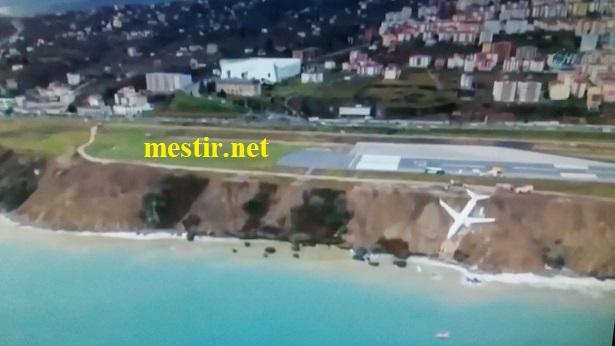 Turquie : un Boeing achève son atterrissage sur une falaise de la mer Noire Ta10
