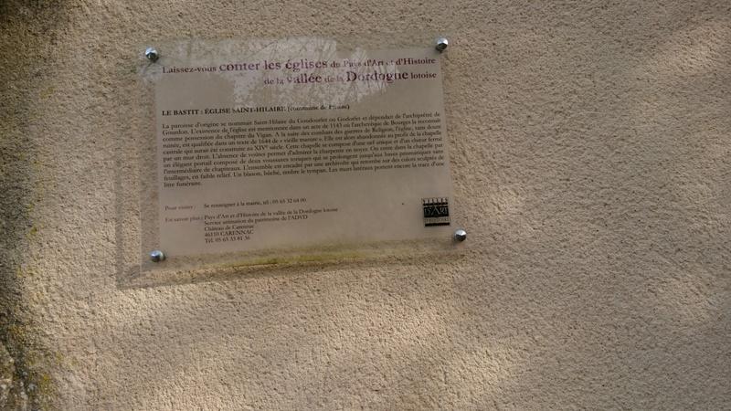 Les autorités et les élites françaises déchirent, morceau par morceau, l'héritage historique, religieux et culturel du pays Dsc_0011