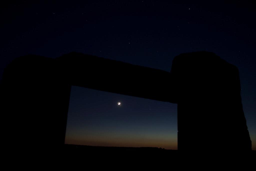 La Lune - Page 9 0311