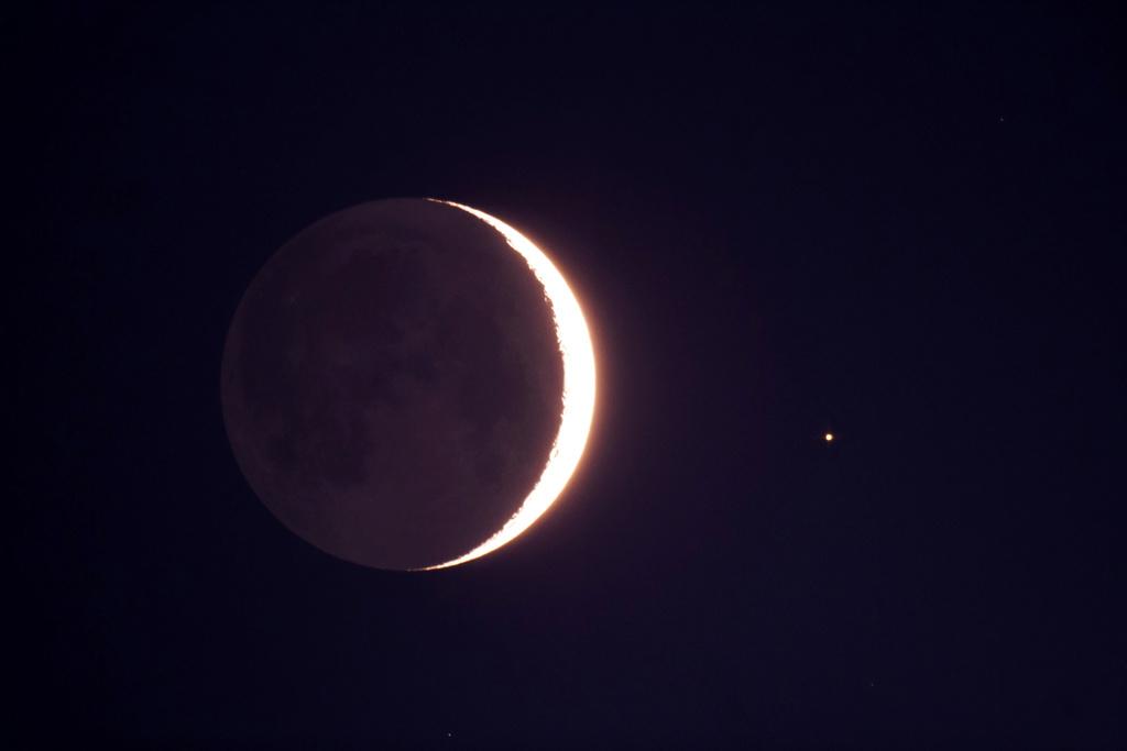 La Lune - Page 9 0710